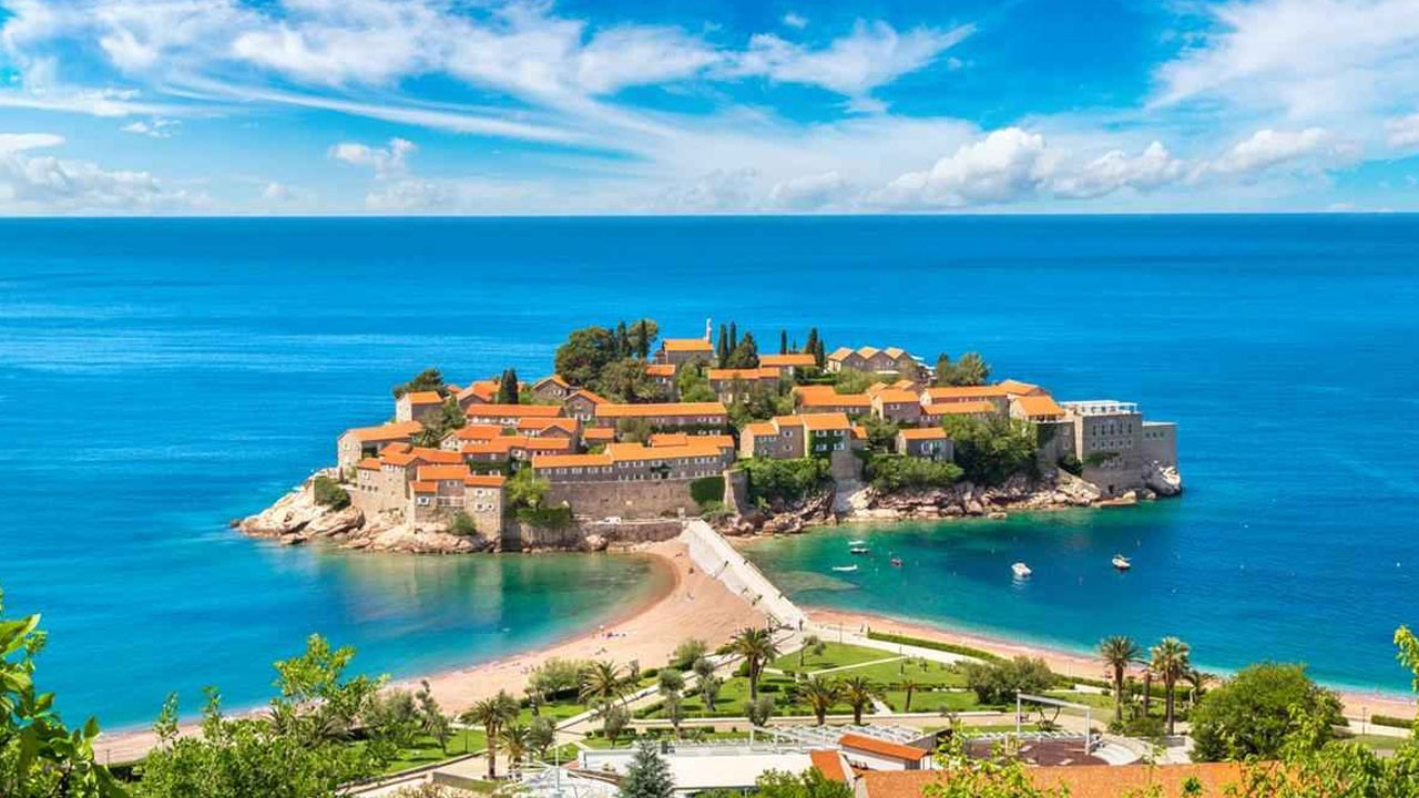 Explore to Montenegro