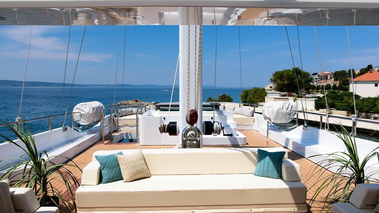 Sailing Yacht Aiaxaia