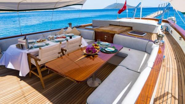 Sailing Yacht A.Eser