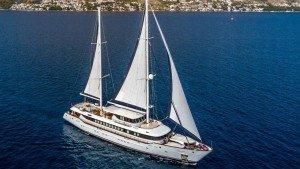 Aiaxaia Sailing Yacht