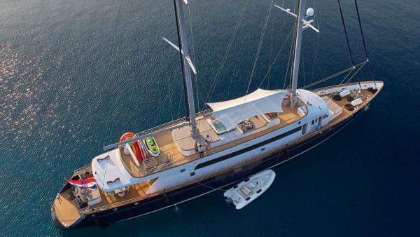 Dalmatino Sailing Yacht