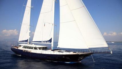 Perla Del Mare Sailing Yacht