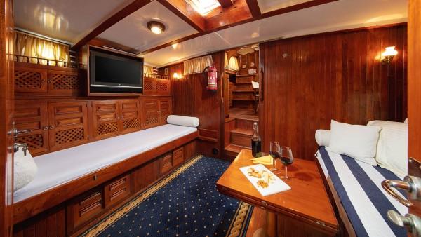 Sailing Yacht  Providenca