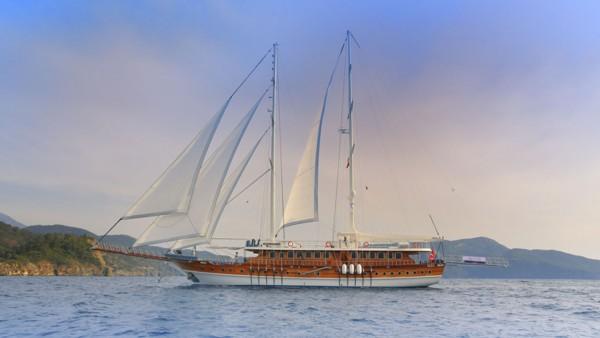 Gulet Queen Atlantis