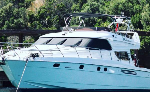 Motor Yacht Queen of Angel