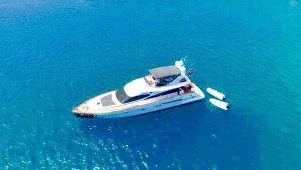 Ser 1 Motor Yacht